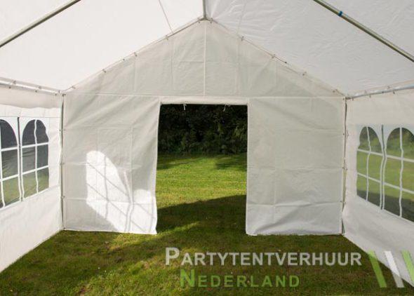 Partytent 4x4 meter binnenkant met deur open - Partytentverhuur Eindhoven