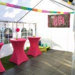 Roze statafels van Partytentverhuur EIndhoven
